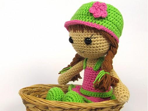 Háčkovaná bábika Maria- návod