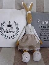 Bábiky - Zajačia slečna v sivej sukničke - 3741620_