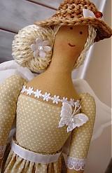 Bábiky - Béžovo-biela v klobúčiku so srdiečkom - 3754086_