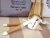 Bábiky - Béžovo-biela v klobúčiku so srdiečkom - 3754093_