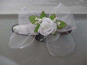 Dekorácie - Jednoduchá mašľa s ružičkou na auto - 3749617_