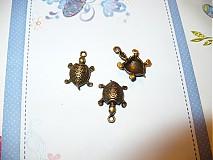 prívesok korytnačka
