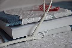 Papiernictvo - Obal na knihu. - 3768998_