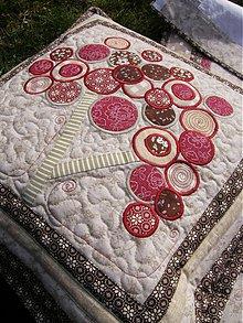Úžitkový textil - Vankúš...bordové kvety - aplikácia :) - 3770784_