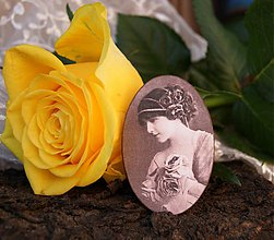 Odznaky/Brošne - Parfumerie Rose - 3780399_