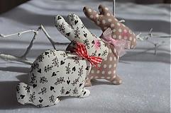 Dekorácie - Zajačik pozorovateľ malý. - 3795789_