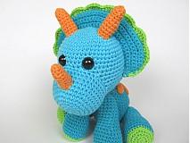 Návody a literatúra - Háčkovaný triceratops - návod - 3815724_
