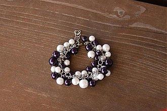 Náramky - Tmavofialovo- biely náramok-Zľava z 5,80€ - 3824427_