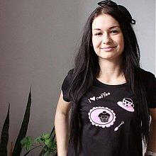 Tričká - Kávičkárka (krátke čierne tričko) - 3827997_