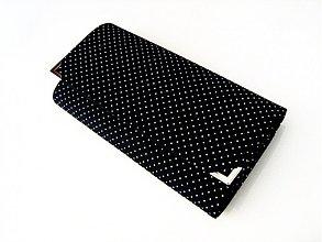 Peňaženky - Mini Black Dots - větší na spoustu karet - 3830553_