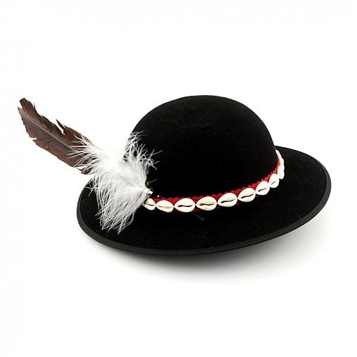 ddb2704b4 Goralský klobúk s pierkom / krojarka - SAShE.sk - Handmade Čiapky
