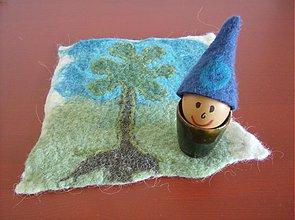 Dekorácie - Išlo vajce na vandrovku v modrom klobúčiku - 3865531_