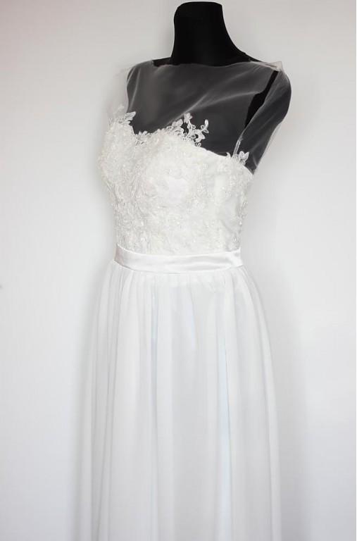 Svadobné šaty by Dagmar s krajkovým korzetom   Dyona - SAShE.sk ... d838e5ccad7