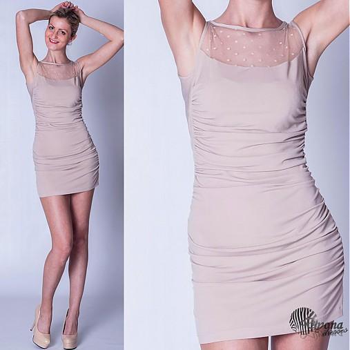 Elastické nazbierané šaty s tylom SKLADOM