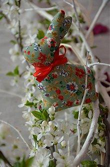 Dekorácie - Zajačik malý ČUPKO - 3893073_
