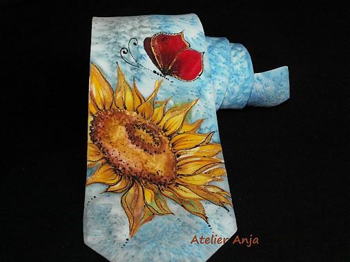 Hodvábna kravata Červený motýľ