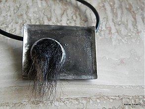 Náhrdelníky - autorský šperk Helga - BROŠŇOPRÍVESOK NA CHLADNÉ JARNÉ DNI :D - 3908287_