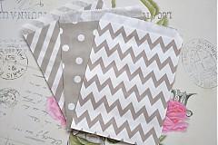 Obalový materiál - papierovy sacok sivy cik cak - 3958346_