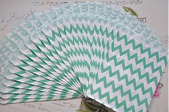 Obalový materiál - papierovy sacok studena zelena cik cak - 3958396_