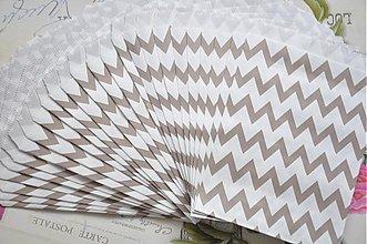 Obalový materiál - papierovy sacok sivy cik cak - 3958339_