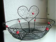 Košíky - košík so srdcom  - 3963676_