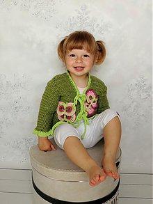 Detské oblečenie - Zelené bolerko s motýľmi - 3980901_