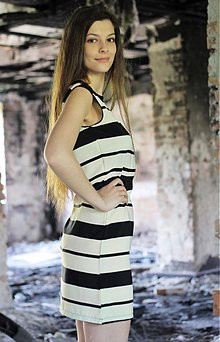 c78470a5b9cb Šaty - Jednoduché puzdrové šaty - 3988574