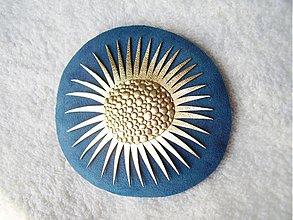 Odznaky/Brošne - Brošňa kožená, Oskar - 3991560_