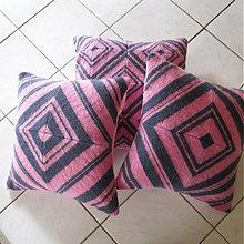 Úžitkový textil - Pletený vankúš kosoštvorcový vzor 2/3 - 3996727_