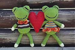 Hračky - zaľúbené žabky.. - 3995856_