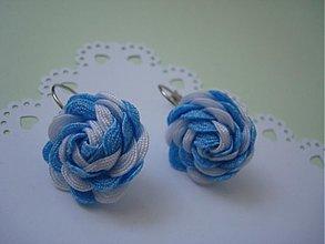 Náušnice - Náušnice bledo modré s bielou - 4044887_