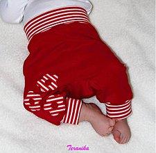 Detské oblečenie - 3/4 tepláčky pro nejmenší