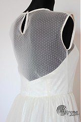 Šaty - Tylové spoločenské šaty s bodkami vo vintage štýle - 4053072_
