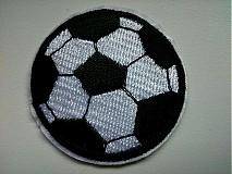 Aplikácia / nažehlovačka futbalová lopta