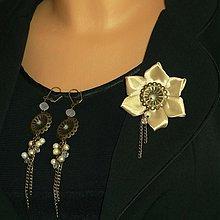 Sady šperkov - Béžová brošňa s náušničkami - 4068269_