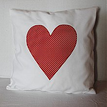 Úžitkový textil - Obliečka Červené srdce s malými bodkami - 4074206_