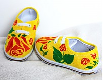 Topánočky - ružičky na žltom - 4082083_