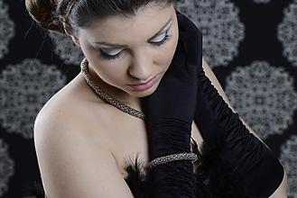 Sady šperkov - Soft gold - set náhrdelník, náramok a perlové náušnice - 4081169_