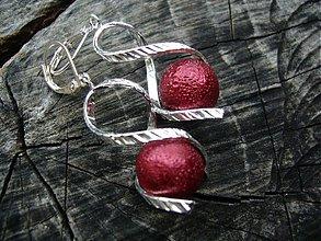 Náušnice - Točí sa mi točí (červená frost) - 4084012_