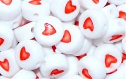 Korálky srdiečka červené (balíček 10ks)