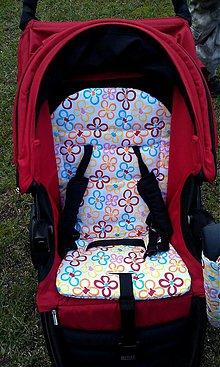 Textil - Podložka do kočíka Britax - aj s otvormi pre uško na skladanie :-) - 4089699_
