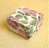 Krabičky - roses - 4093660_