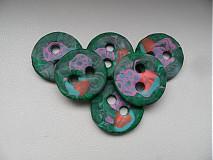 Materiál ručne robený - zelené gombíky - 4106363_