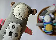 - medvedica - pruhovaná labka - 4106691_