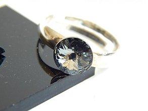 Prstene - Strieborny prsten so Swarovskeho kristalom - 4111629_