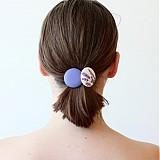 Gumičky do vlasov s buttonkami Levanduľové