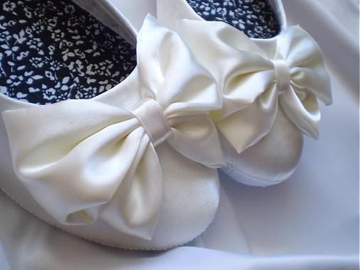 ad1e53ae7d53 Blanche Satin - svadobné balerínky   Hatsepset - SAShE.sk - Handmade ...