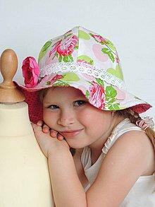 Detské čiapky - Ružičkový obojstranný klobúčik - 4136005_
