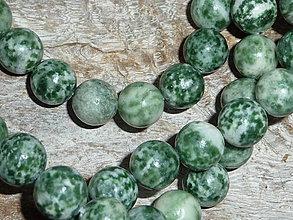 Minerály - Jadeit zelený (bodkovaný) 10mm - 4135822_