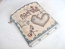 Taštičky - Skryj tajemství ve svém srdci - vyšívaná rokajlem - 4145669_